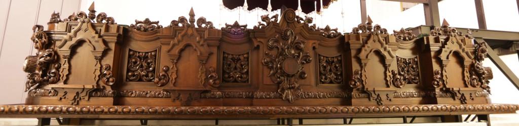Lateral trono Cristo
